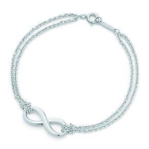 Pulsera Tiffany Infinity de plata fina, mediana.