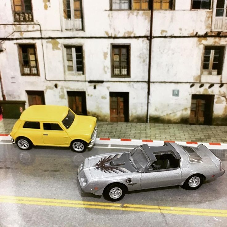 #midcollector #diecast #mini #morris #minimorris #pontiac #firebird #transam los conflictos del volante a la derecha 🤣
