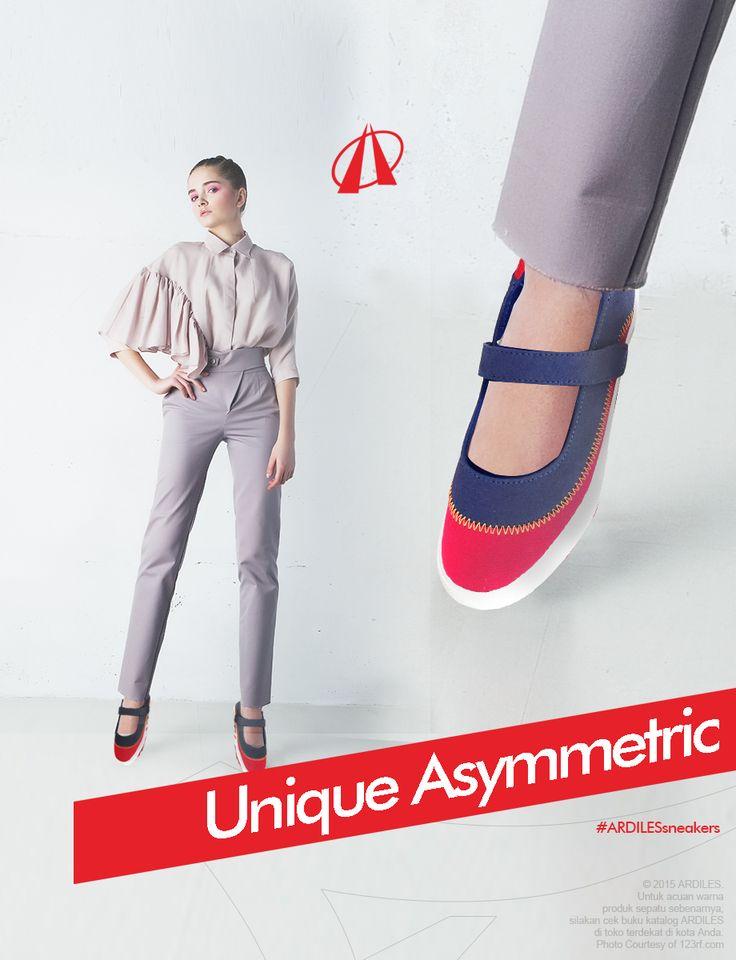 Gaya asimetris dapat membuat tampilanmu lebih glamor dan anggun. Ada banyak contoh rancangan asimetris, seperti karya desainer Zara, Lanvin, Maison Martin Margiela atau Alessandra Rich. Kamu cocokan saja dengan seleramu. Tapi jangan lupa sneakers juga pas dipadu dengan gaya asimetrismu. Coba saja pasti keren. Kalau mau menambah koleksi sneakers, kamu bisa belanja sneakers Ardiles di www.ardilesmetro.com