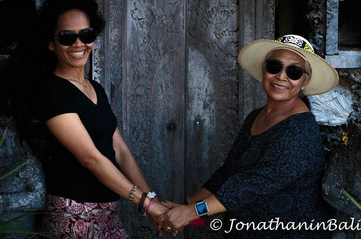 Portrait Sanur Bali Indonesia  For the book Secrets of Bali Fresh Light on the Morning of the World - go to http://ift.tt/2oNwySP  For the book Murnis Bali Tours Where to go What to do and How to do it - go to http://ift.tt/2oRi9EL  #aroundtheworld #worldtraveler #jonathaninbali #www.murnis.com #travelphotography #traveler #lonelyplanet #travel #travelingram #travels #travelling #traveling #instatravel #asian #travelphoto#exploringtheglobe #theglobewanderer #mytinyatlas #planetdiscovery…