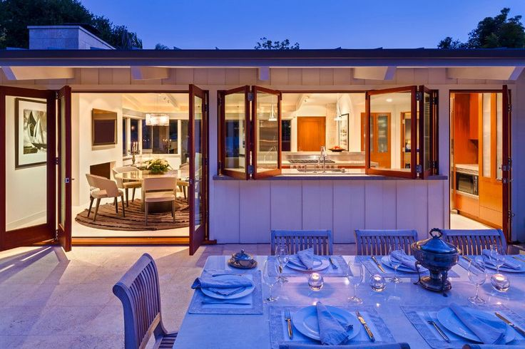 10 Outdoor Dining Set Snapshot for a Midcentury Patio with a Table Setting
