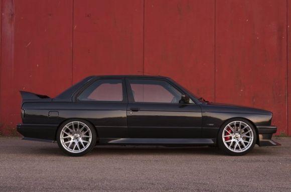 M5 V10 Swap: 1987 BMW E30 M3
