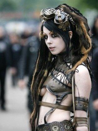 @ Wave Gotik Treffen Goth Fest in Germany.: Posts Apocalyptic, Tanks Girls, Steam Punk, Up Style, Costume, Punk Chic, Steampunk Girls, Hair, Steampunk Outfits