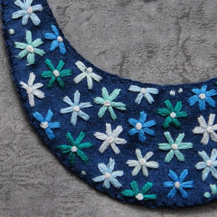 Bambilion kvietkov #handmadejewelry #handmade #jewelry #embroideryjewelry #embro…   – most beautiful shelves