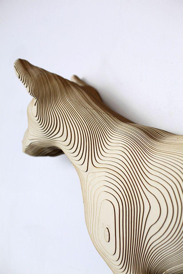 """Nieves de la Fuente Gutierrez. detail shot of he sculpture of """"Reliquia de las disciplinas geograficas"""""""