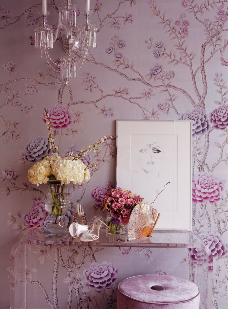 de Gournay 'Chelsea', hand painted chinoiserie pink dye wallpaper, at Jenny Packham Boudoir, London
