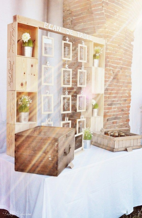Pallet wood wedding image display