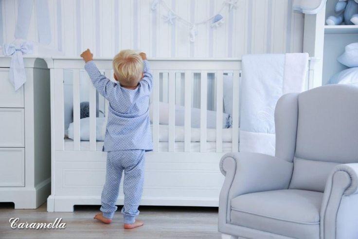 Łóżeczko Caramella.pl będzie służyć dziecku przez wiele lat. Po upływie okresu niemowlęcego przeistacza się najpierw w łóżko, a w jeszcze późniejszym etapie w bardzo praktyczną kanapkę.