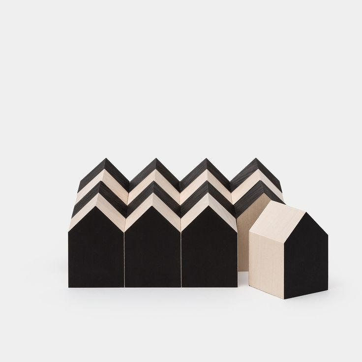 architecture wooden blocks http://www.odetothings.com/shop/cinqpoints-archiblocks
