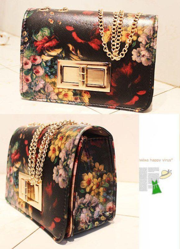 20093 Black Tinggi : 15cm Lebar : 20cm Tebal : 10cm Cara Buka : Kunci Tali Panjang : Ada Bahan : PU 500 gram 110.000 #fashion #bag #tas