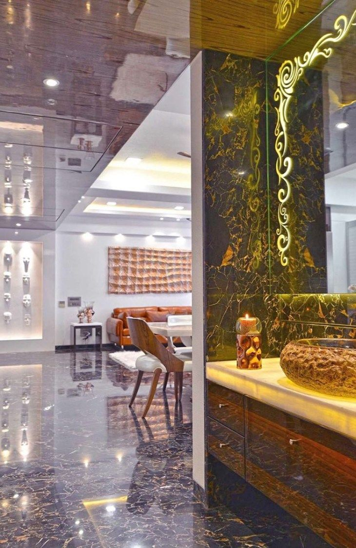 Luxurious Hallway urbanclaphomes homedecor hometrends interiordesign