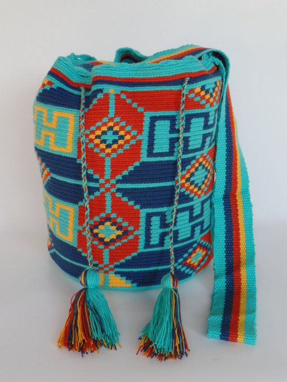 """ORIGINAL"" WAYUU BAGS By ArtiSanStyLeHanDs @Etsy.com US$76.00 Ship ""WorldWide"""