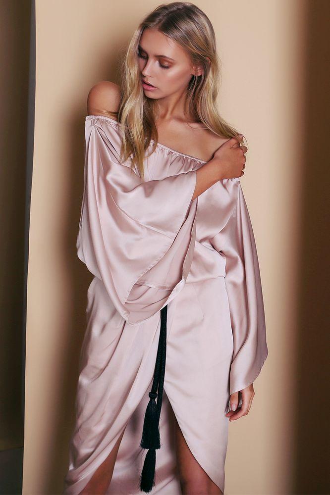 Premonition - Dreamlike Dress