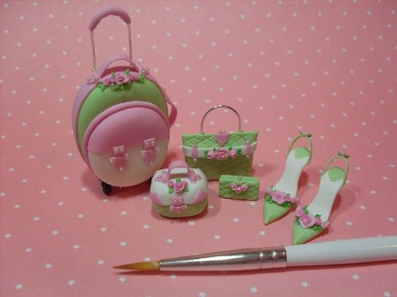 Trina's Trinketts: Cold Porcelain Flowers, Bouquets and Dollhouse Miniatures!