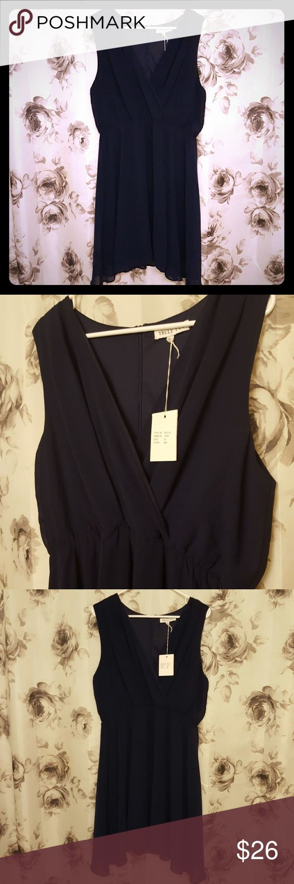 Summer Occasion Dress Elegant occasion dress, perfect for summmer weddings, 100% polyester styled like chiffon, navy blue, full slip, zip back closure, size 18, never worn, new with tags, non-smoking home. Truly You Dresses