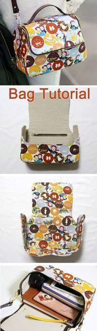A zippered, lined tote bag for you to sew. DIY step-by-step tutorial. Симпатичная сумочка на молнии. Шьем сами. http://www.handmadiya.com/2015/09/cute-zipper-bag-tutorial.html