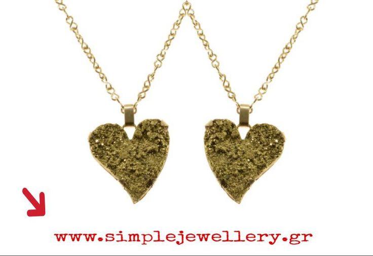 Το κατάλληλο δώρο για τον Άγιο Βαλεντίνο είναι χειροποίητο κόσμημα με πέτρα σε σχήμα καρδιάς 💖  Find the perfect gift for Valentine's Day from #Simplejewellery !!!  Αγόρασε το εδώ ⬇️ www.simplejewellery.gr