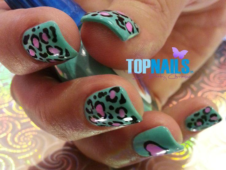 Uñas Acrílicas con diseños Animal Print.(Acrylic Nails with Animal Print designs) Agregarme a tus amigas de Facebook para más información. https://www.facebook.com/topnails.acrilicas www.topnails.cl Cel:94243426, saludos Beatriz