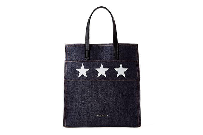 ジバンシィのアイコンバッグ「スターゲート」から新作デニムライン - 星をのせたトートバッグ | ファッションプレス