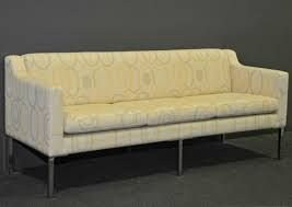 LG2 - 2.5 Seater Lounge (in different fabric)