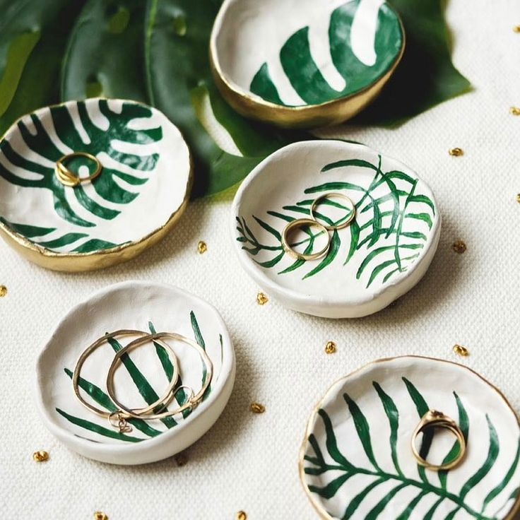 """85 Likes, 2 Comments - Lia Griffith (@liagriffith) on Instagram: """"Put a ring in it... easy as the breeze, handmade clay ring bowls #handcraftyourlife #diygifts #diy"""""""
