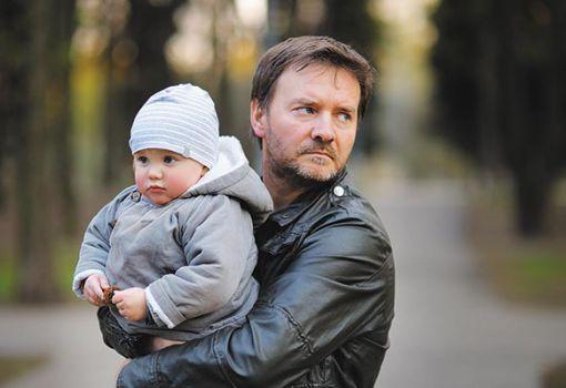 Láthatásos erőszak - Brutálisan hangzik: akkor mentesül a gyerek, ha a bántalmazó apa megöli...