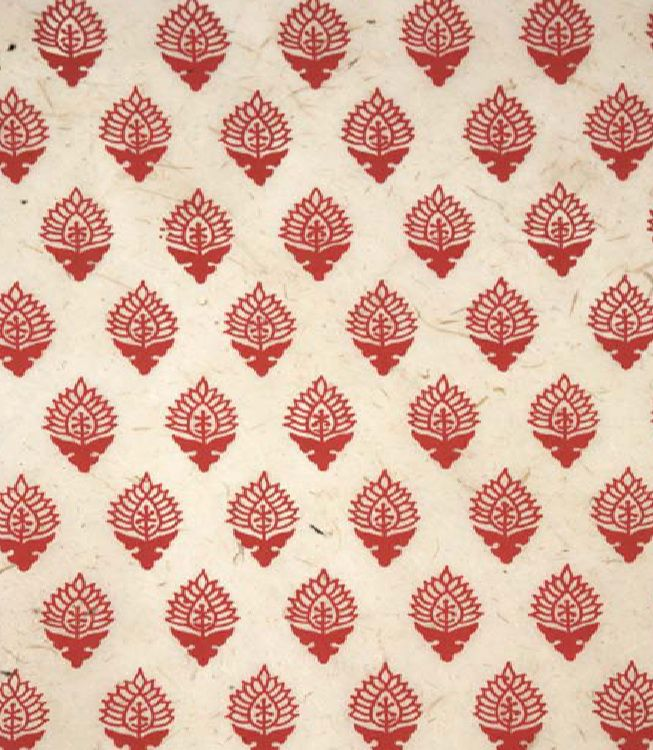 Indian block print, small design similar shape repeat in a line, 2nd band for leg.