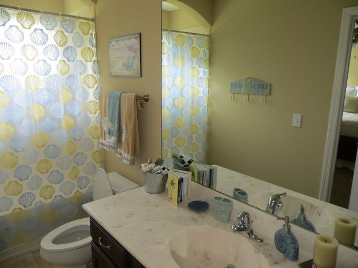 Beach themed bathroom beach bathroom decor pinterest for Beach themed bathroom ideas