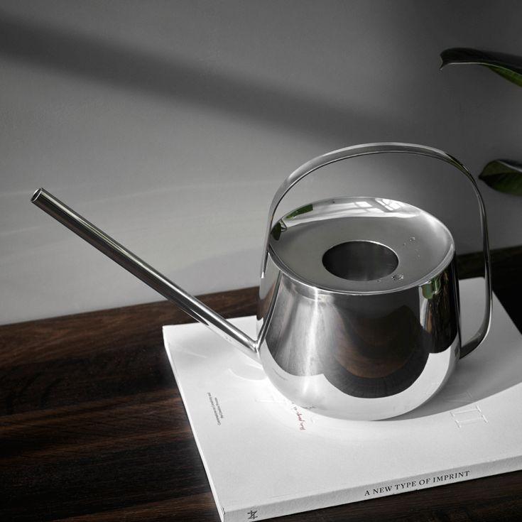 Well Watering vandkande fra Menu og designet af Anderssen & Voll.