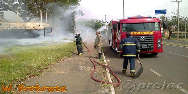 Três incêndios criminosos na tarde de segunda-feira - http://projac.com.br/noticias/tres-incendios-criminosos-na-tarde-de-segunda-feira.html