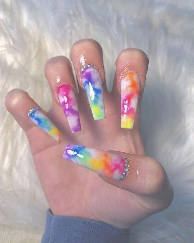 Naildesignsbby On Bild Gram Posts Videos Stories Bildgram Nails Nailart Naildesigns Tie Dye Acryl In 2020 Rainbow Nails Tie Dye Nails Coffin Nails Designs