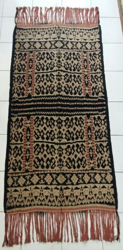 Lafa. Ikat rote, used when there is an event of death