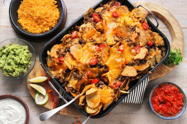 LOADED MEXICAN STYLE NACHOS