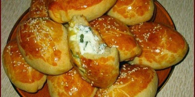 """Погача (в Турции произносится как Поача, со слегка удлиненным """"о"""") - традиционные пирожки ..."""