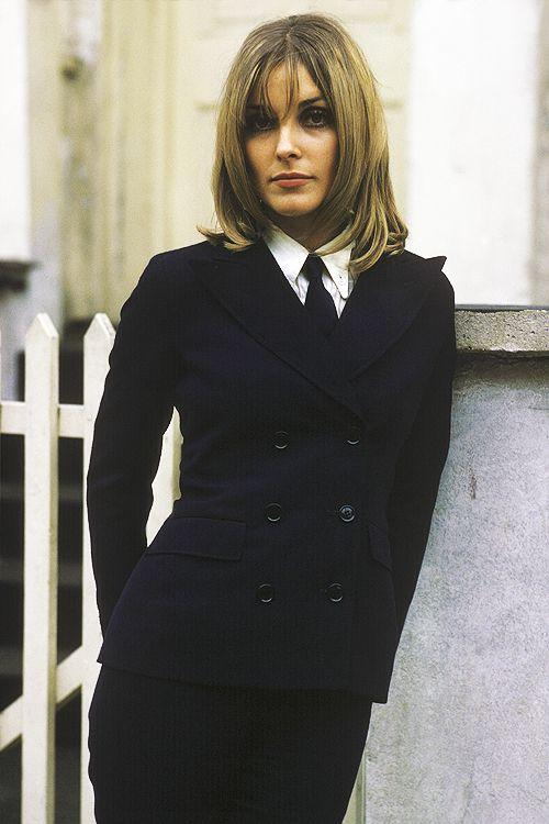 Sharon Tate in ladylike #menswear