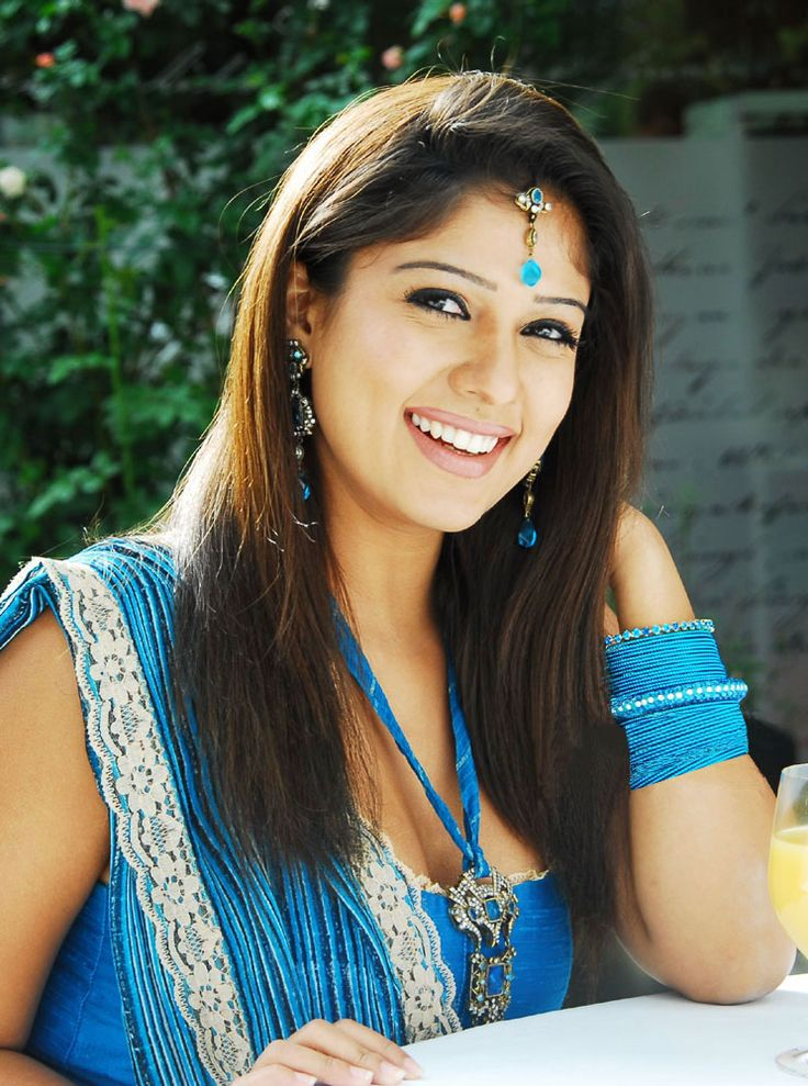Nayanthara's Attitude upsets Director - MoviesGear