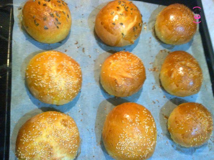 Συνταγές  της Κλεοπάτρας...: Ψωμάκια για Χάμπουργκερ