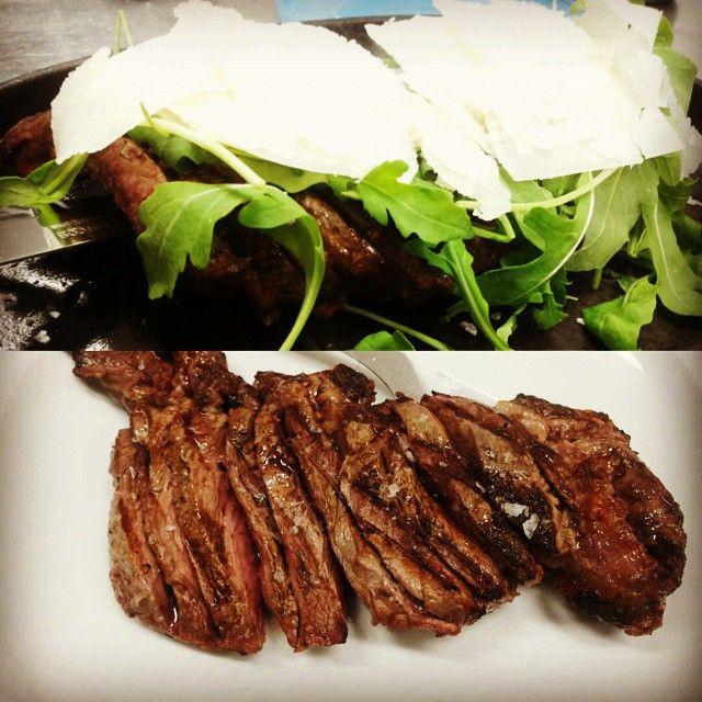 http://www.pizzeriailpergolatotivoli.it/  Tagliata argentina rucola e parmigiano.  #ristorante #restaurant #pizzeria #pizza #pergolato #roma #tivoli #tbone #beef#carne