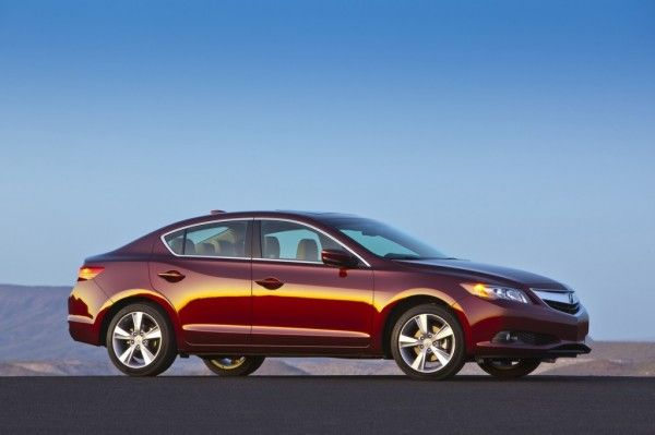 2014 Acura ILX Reds Colors 600x399 2014 Acura ILX Review Details