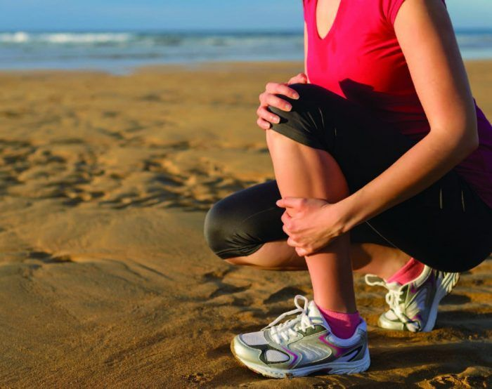 SHIN SPLINTS 101: A GUIDE TO LOWER LEG PAIN   Welcome to shin splints 101.  The purpose of this guide is to lead runners through the ins and outs of shin splints. Shin splints are an often misunderstood and painful condition that holds back many runners from even getting out of bed in the morning.