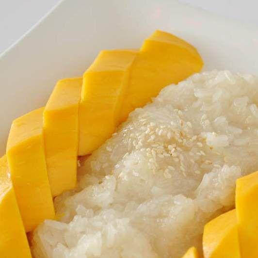 Recette Riz Gluant à la mangue (Mango Sticky Rice) par Biscatine - recette de la catégorie Pâtisseries sucrées
