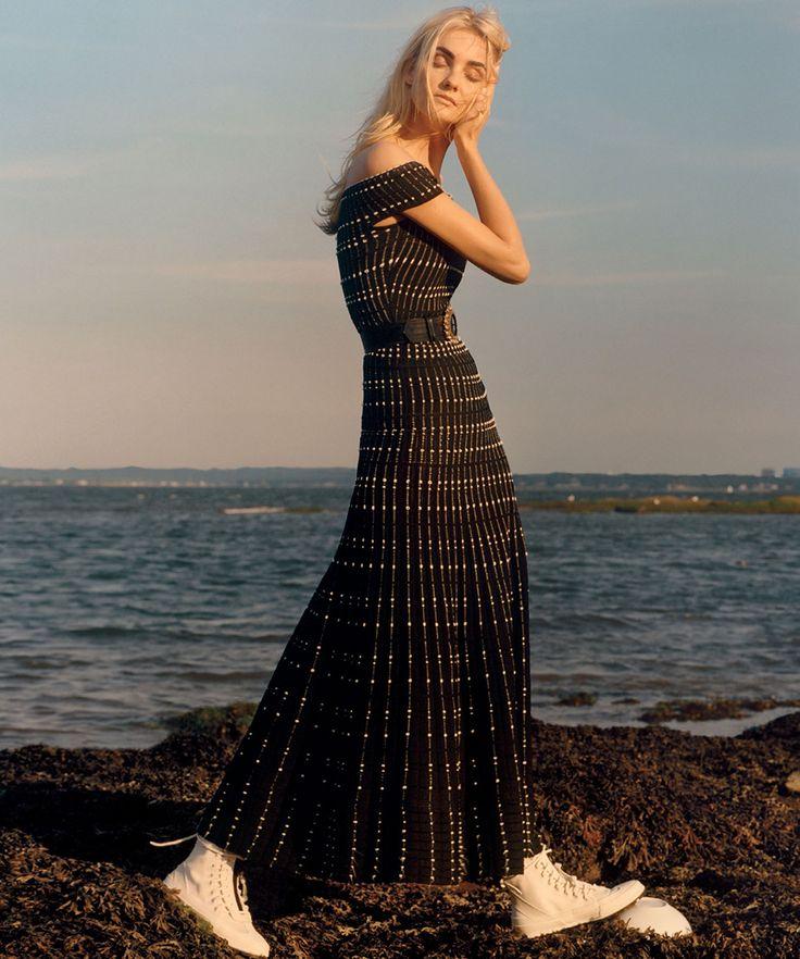 fashion copious caroline trentini by jamie hawkesworth for vogue us december 2015