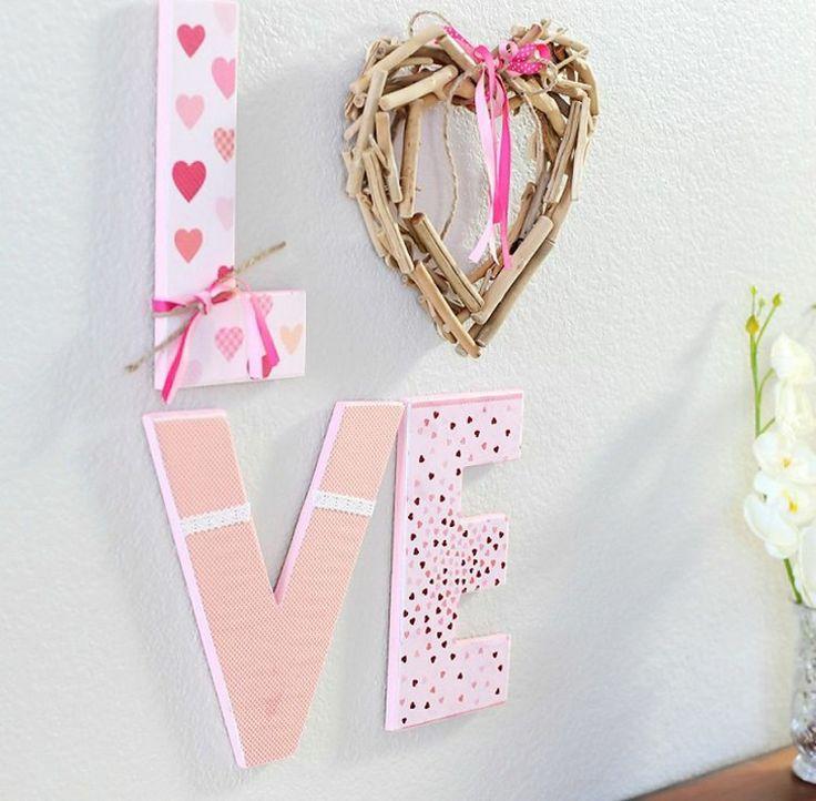 tableau pour la St Valentin et idée de lettres de mur