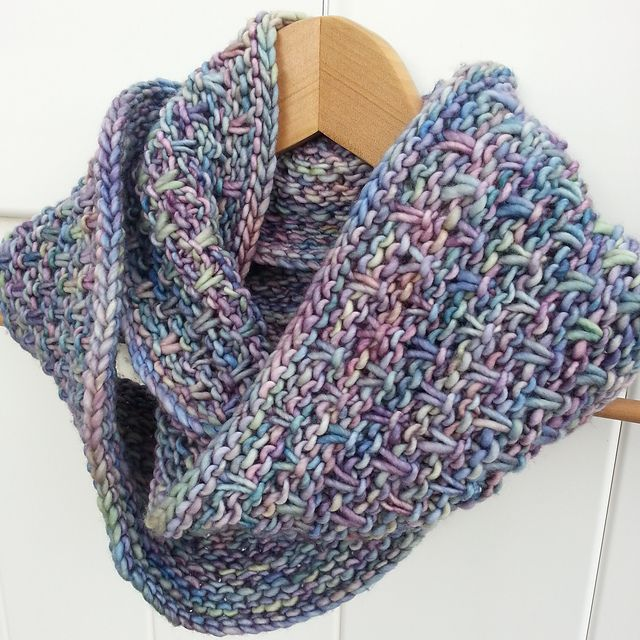 Malabrigo Knitting Patterns : 1000+ images about Yarn-spiration: Malabrigo Mecha on Pinterest Free patter...