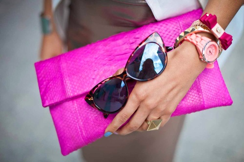 pinky flashy: Fashion, Purse, Style, Color, Clutches, Hot Pink, Accessories, Bags, Pink Clutch