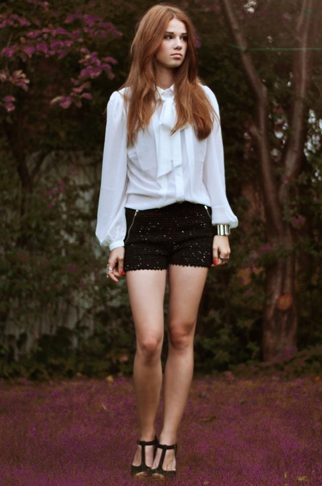 #fashion #fashionista Iga bianco nero SKINNYLIAR: 09/02/12