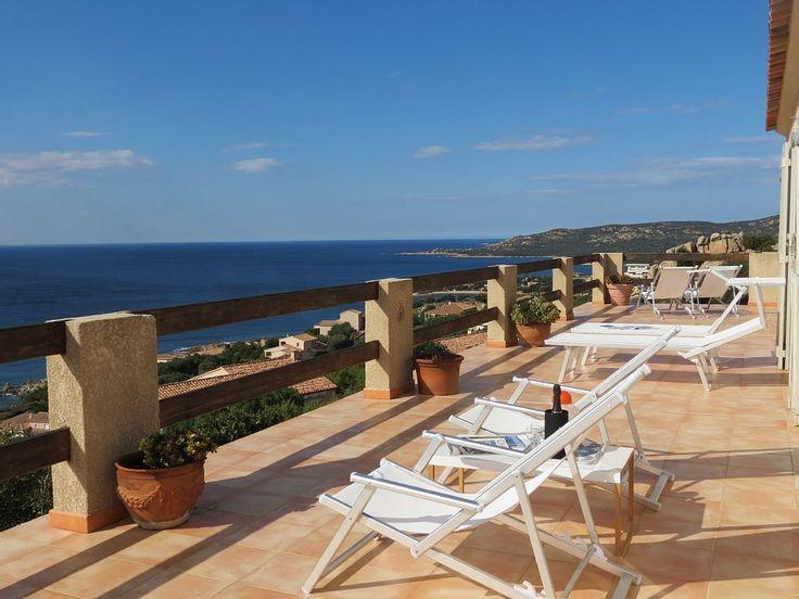 Abritel Location Corse Villa privative 8 personnes vue sur la mer location villa à Tizzano Grande pièce à vivre, 4 chambres doubles, 3 salles de bain, terrasse panoramique