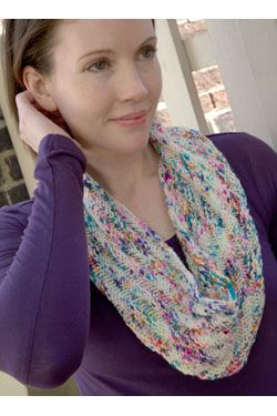 Speckle Cowl Free Knitting Pattern