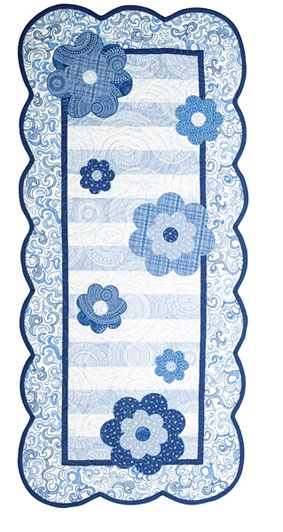 Blooms Table Runner - paid pattern