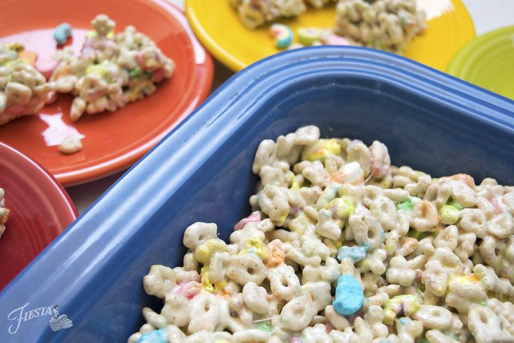 St. Patrick's Day is almost here and we wanted to share a treat worthy of a leprechaun's gold with you: Lucky Charms Cereal Bars! This colorful cereal is perfect for any St. Paddy's Day celebration, and gives you an excuse to indulge in a childhood favorite! We can't remember the last time we bought a…